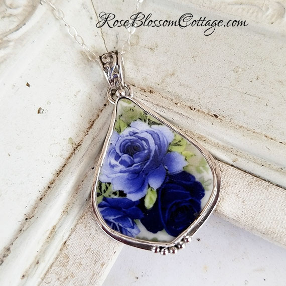 Shades of Blue Roses Fancy Drop Broken China Jewelry Pendant Necklace