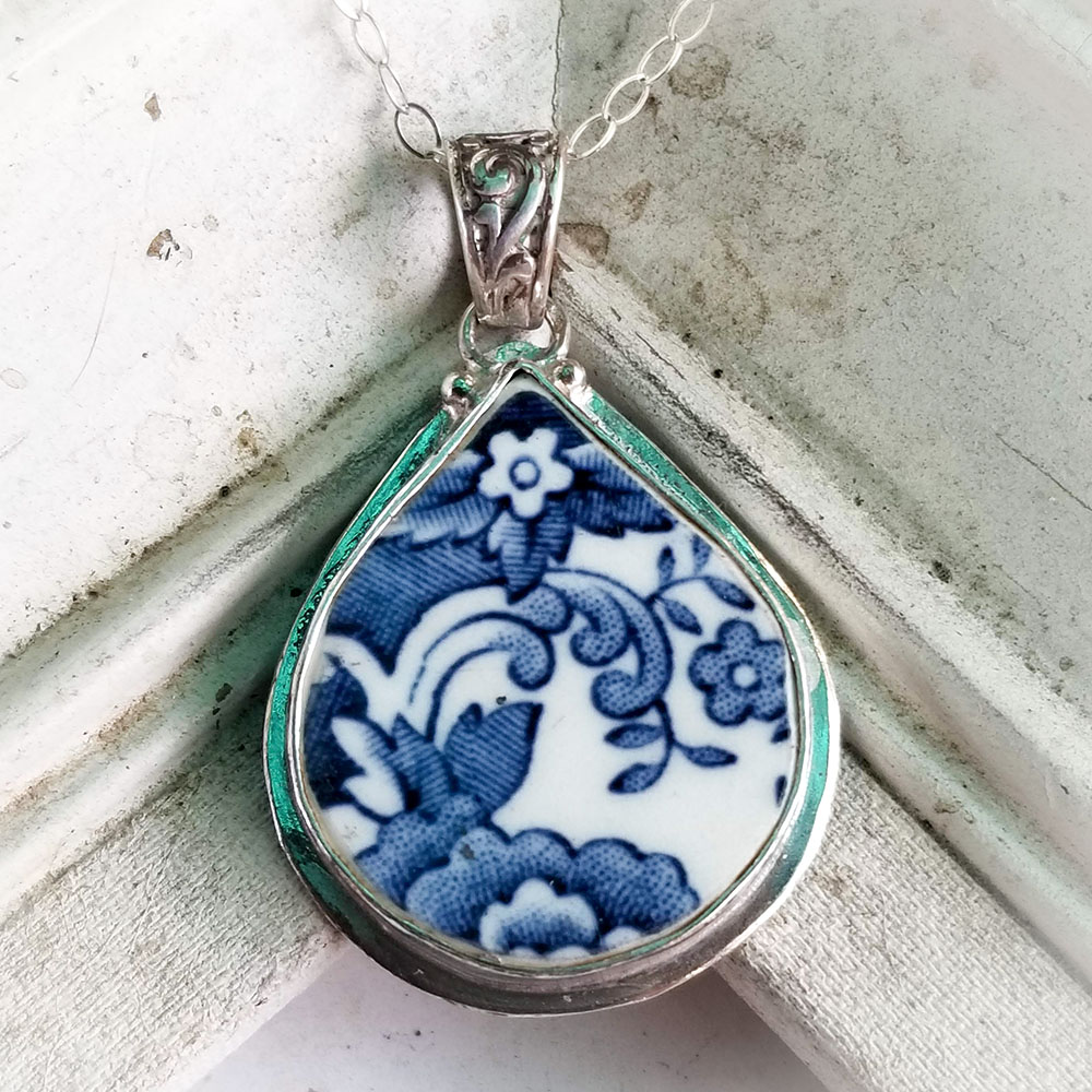Blue & White Royal Staffordshire Clarice Cliff Tonquin Fat Teardrop Broken China Jewelry Pendant Necklace