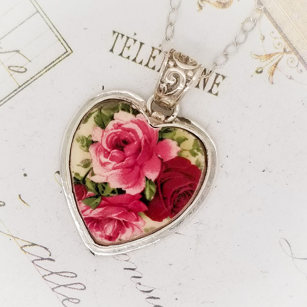 Red & Pink Roses Broken China Jewelry Heart Pendant Necklace