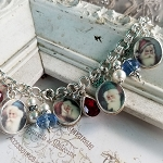 Christmas Victorian Santa Clause Snowflakes Broken China Jewelry Xmas Charm Bracelet