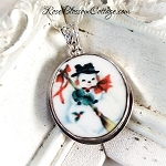 Cheerful Snowman Broken China Jewelry Round Oval Pendant Necklace