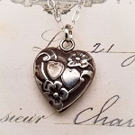 Victorian Style Puffed Double Heart 2 Sided Pendant Charm Necklace