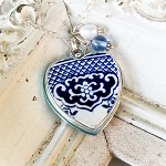 Blue Willow Heart Broken china Jewelry Vintage Pendant Necklace