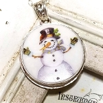Snowman Give me a Hug Broken China Jewelry Sterling Round Pendant Necklace