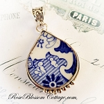 Spode Blue Italian Broken China Jewelry Fat Teardrop Pendant Necklace