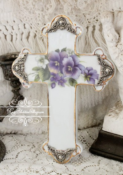 Porcelain Cross with Gold and Silver Accents Pansy