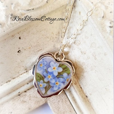 Forget Me Not Flowing Scallop Broken China Jewelry Sterling Heart Pendant Necklace