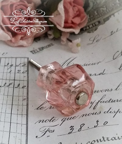 "Antique Style Glass Knob 1 1/4""   - Pink"