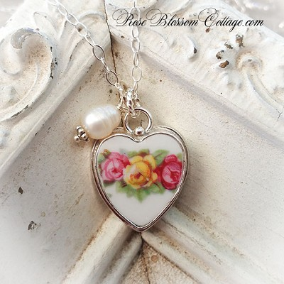 Yesterday, Today, and Tomorrow Broken China Jewelry Roses Heart Pendant Charm Necklace