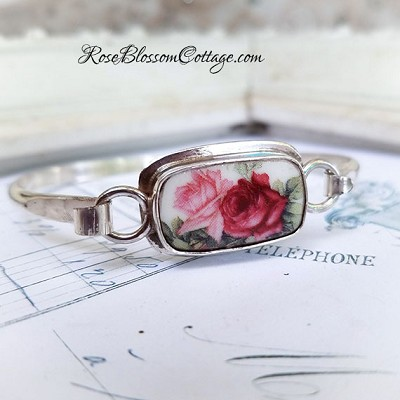 Shades of Pink & Red Roses Porcelain Broken China Jewelry Sterling Oval Bangle Bracelet B