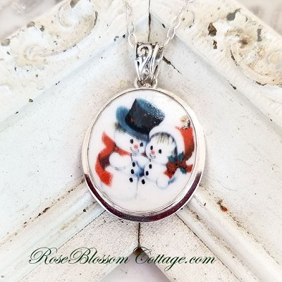 Mr. & Mrs. Snowman Broken China Jewelry Round Oval Pendant Necklace