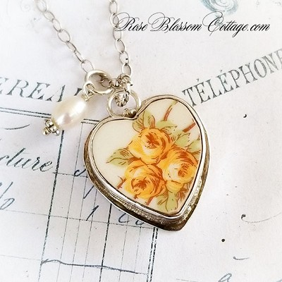 Triple Yellow Roses Vintage Broken China Jewelry Pendant Charm Necklace