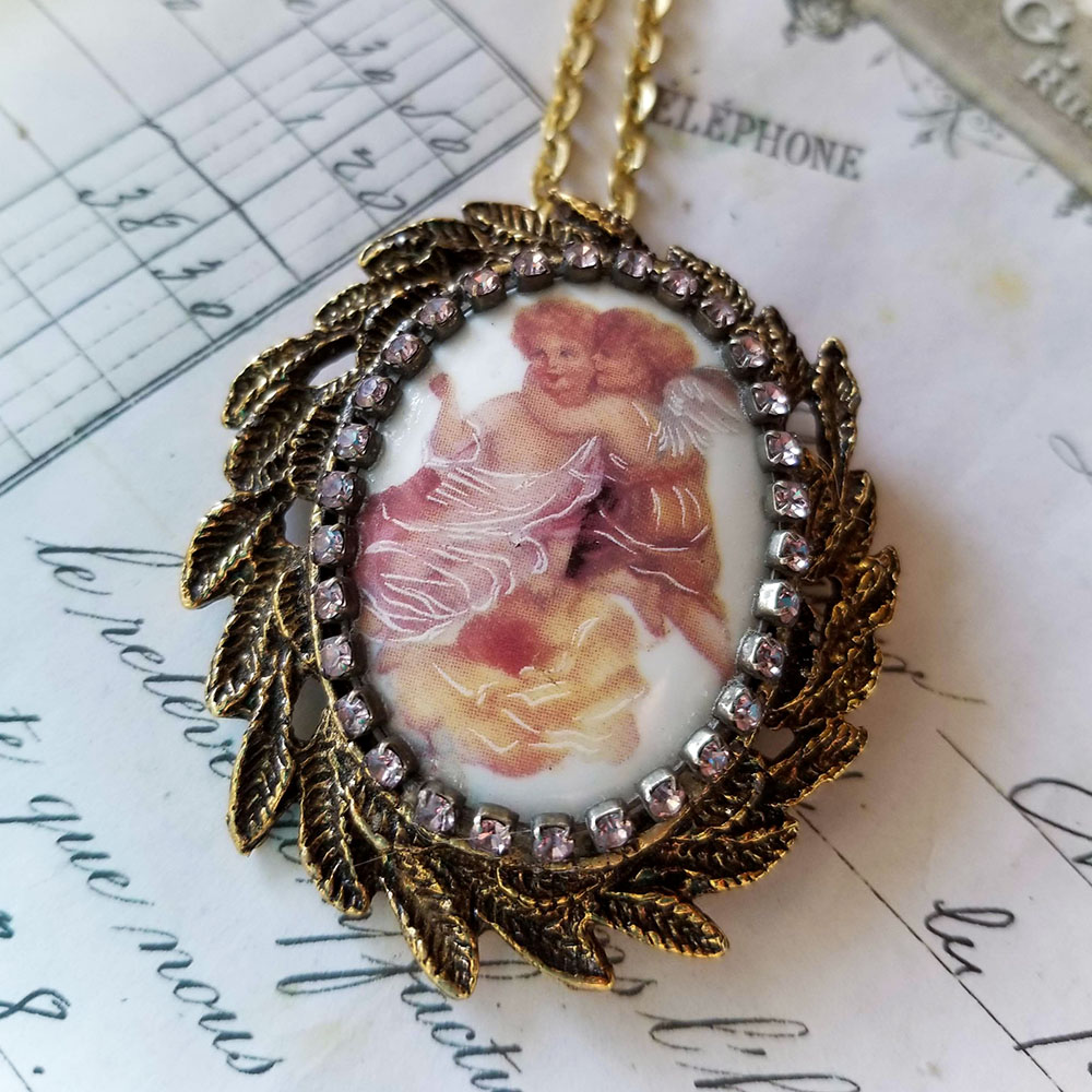 Angels Cameo Leaves Crystal Costume Jewelry Pin/Pendant Necklace