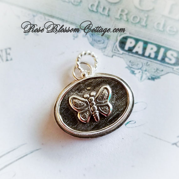 Butterfly Petite Oval Charm