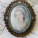 DeStash Cameo Lady in Soft Blue Costume Jewelry Pin