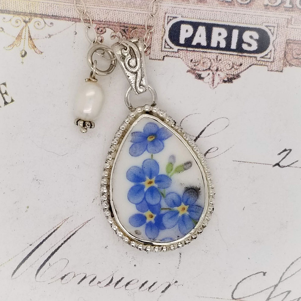 Forget Me Not Teardrop Beaded Edge Ornate Bail Sterling Pendant Necklace