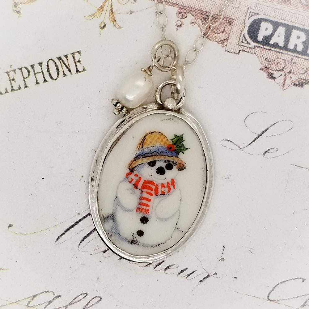 Happy Winter Snowman Broken China Jewelry Christmas Oval Porcelain Sterling Pendant Necklace
