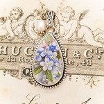 Forget Me Not Beaded Teardrop Broken China Jewelry Pendant Necklace