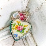 Vintage Shabby Style Floral Heart Charm Pendant Necklace